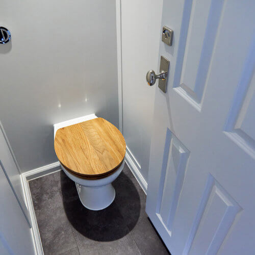 Hire Toilets for Wedding - Ohelloo Portable Toilet with Cubicles - UK